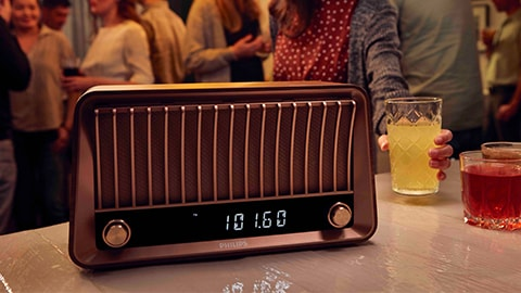 Speaker Bluetooth klasik berdesain retro Philips dengan radio - TAVS700